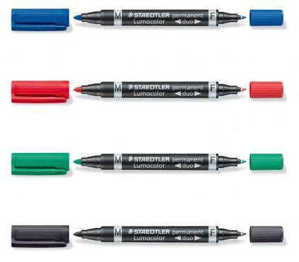 Gekleurde markers met dikke en dunne punt