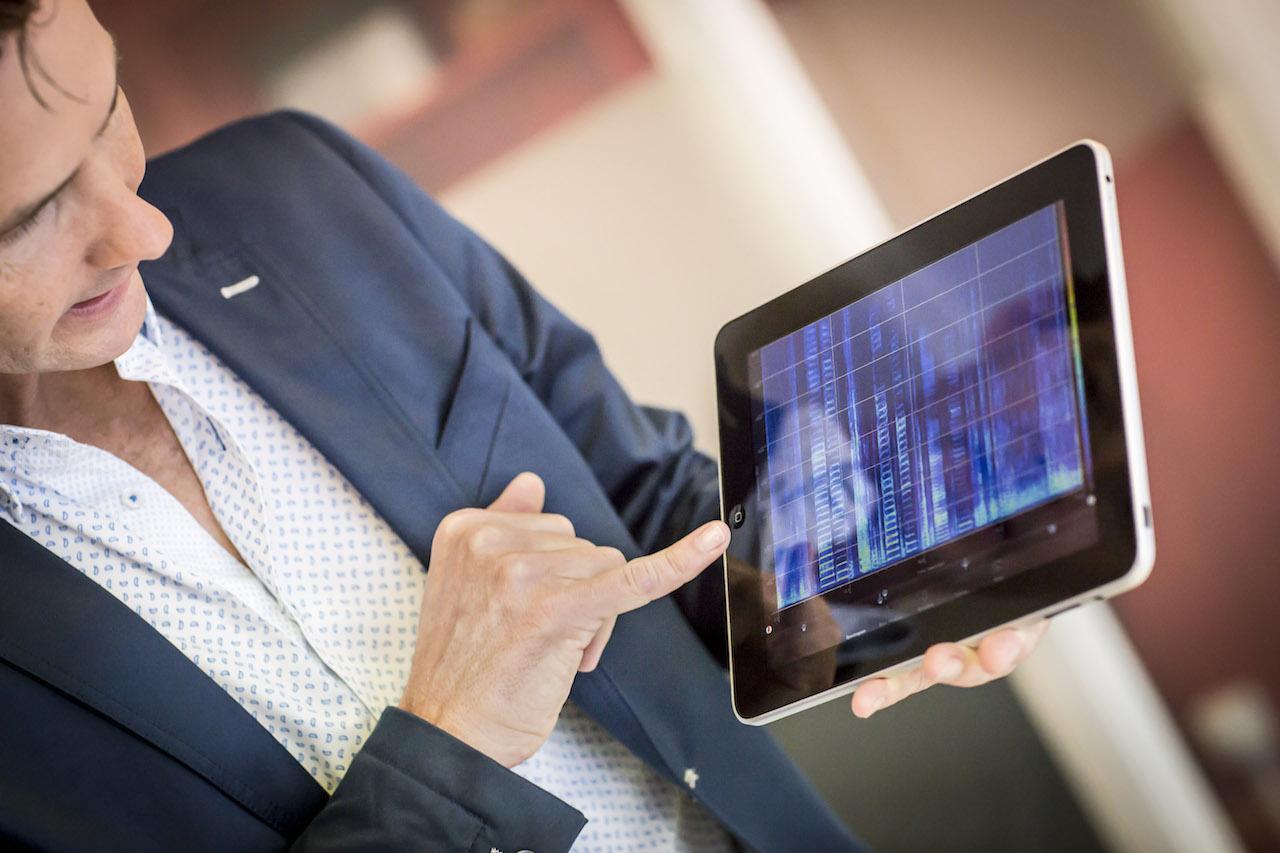 geef een bedrijfspresentatie op een iPad