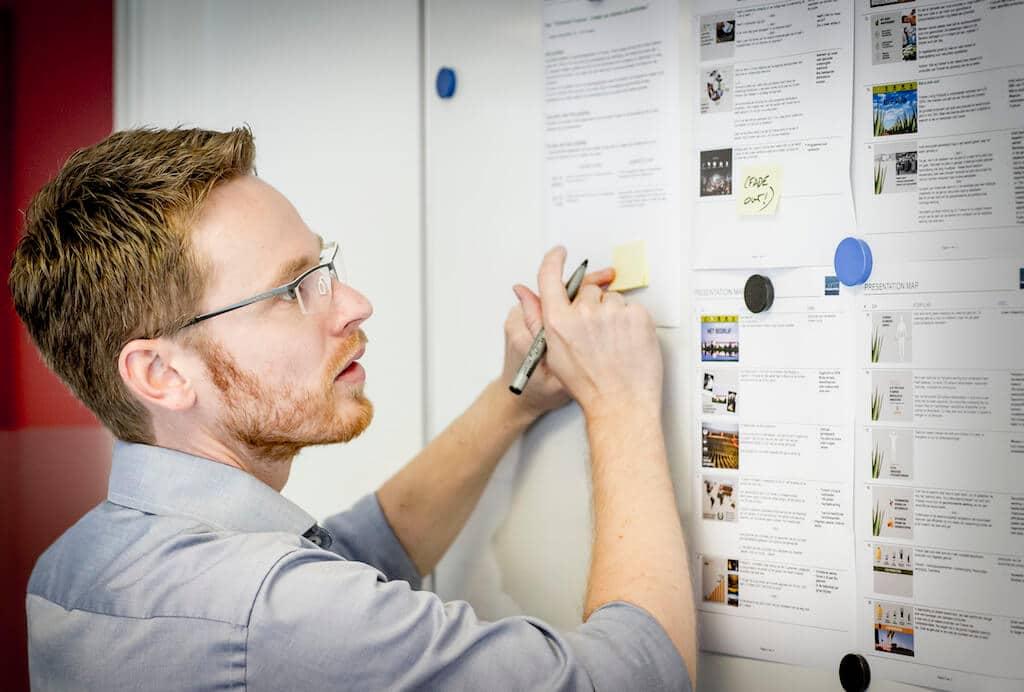Creatief concept deel 2: Ontwerp van de powerpoint-presentatie laten ontwerpen